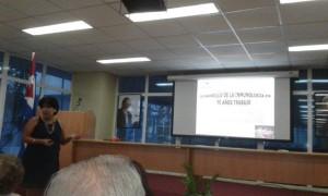 La Prof. DraC. Consuelo Macías Abraham, presentó el desarrollo de la Inmunología en 50 años de trabajo del IHI