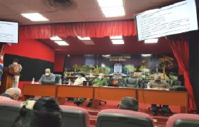 Autoridades partidistas, gubernamentales y sociales analizan el PAMI en Santiago de Cuba.