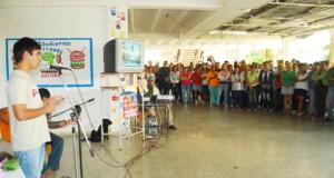 Estudiantes, profesores y trabajadores de la universidad de Ciencias Médicas de Villa Clara homenajeron a Hugo Chávez. (Fotos: Carolina Vilches Monzón)