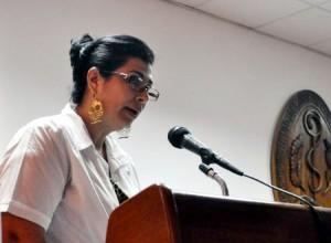 La Dra. Rokselys Vigo Rodríguez, vicedecana primera de la Facultad de Medicina, realizó una ponencia acerca de la situación de salud de los Cinco.