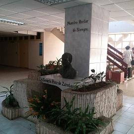 Homenaje al Dr. Serafín Ruiz de Zárate Ruiz